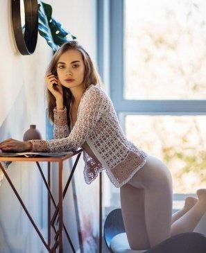 Вика, 19